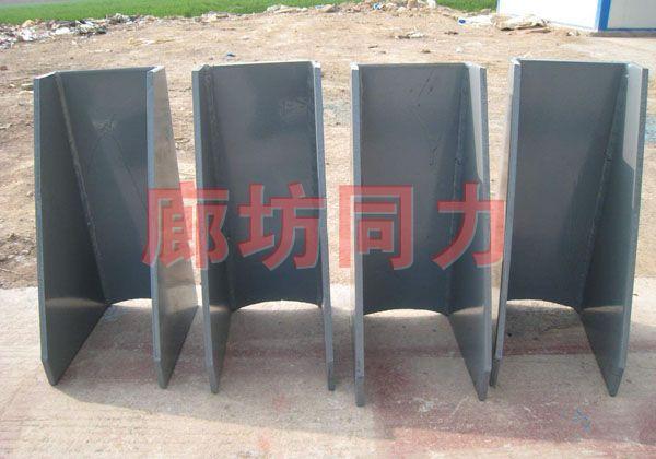 垂直圆形管道无垫板支架