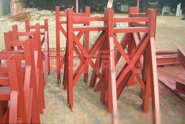 (柱)带补偿器圆形管道支架