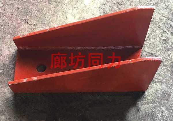 垂直管道焊接支吊架托座