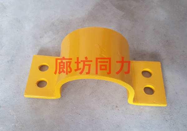 双排螺栓压紧管夹