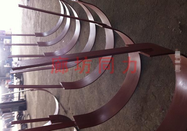 水平圆形管道双拉杆吊架
